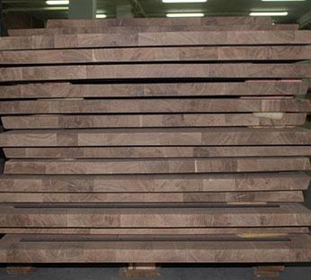 Almacén de encimeras de madera
