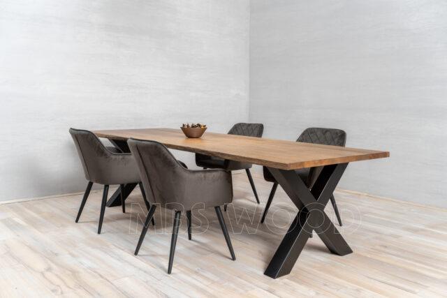 La producción de mesas de madera de roble mbswood.com