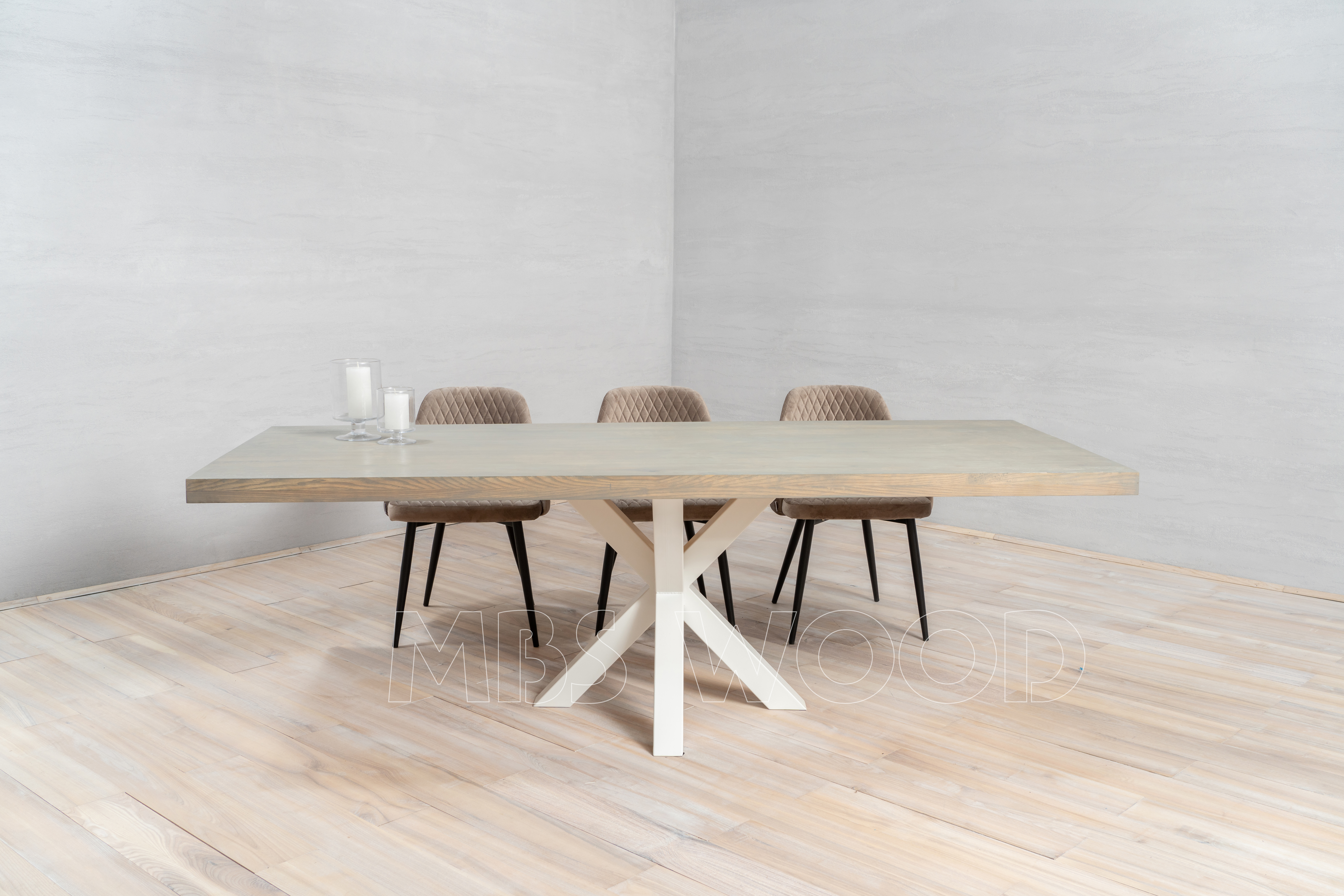 Big oak table with metal legs spider white color