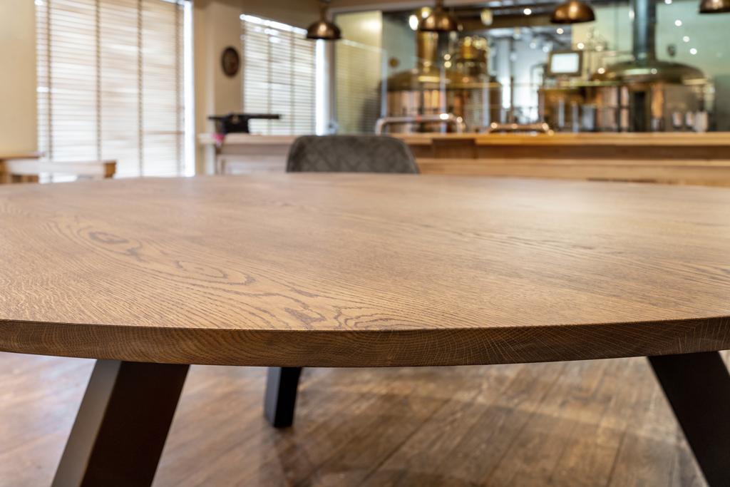 tableros de mesa de madera acabada
