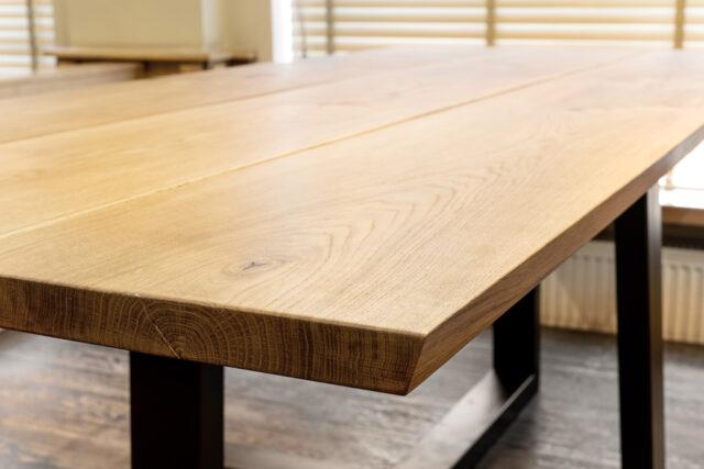 mesa de roble para la venta