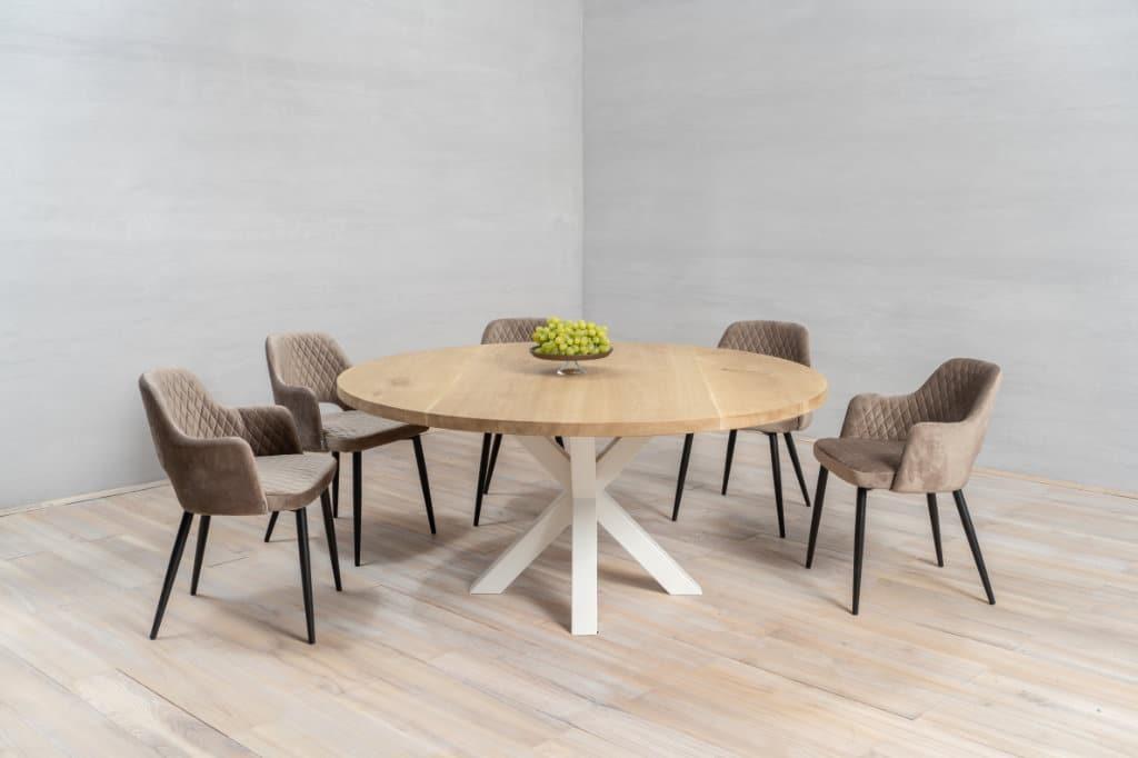 haciendo una mesa de madera